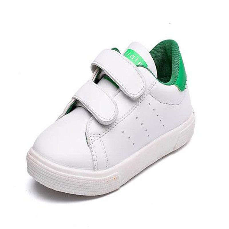 2018 nuevo blanco Zapatos niños holgazán ocio deportes plana Zapatos  muchacha muchacho ocasional Zapatos pu sneakers tamaño 26 -30 ddcdb57c0a6