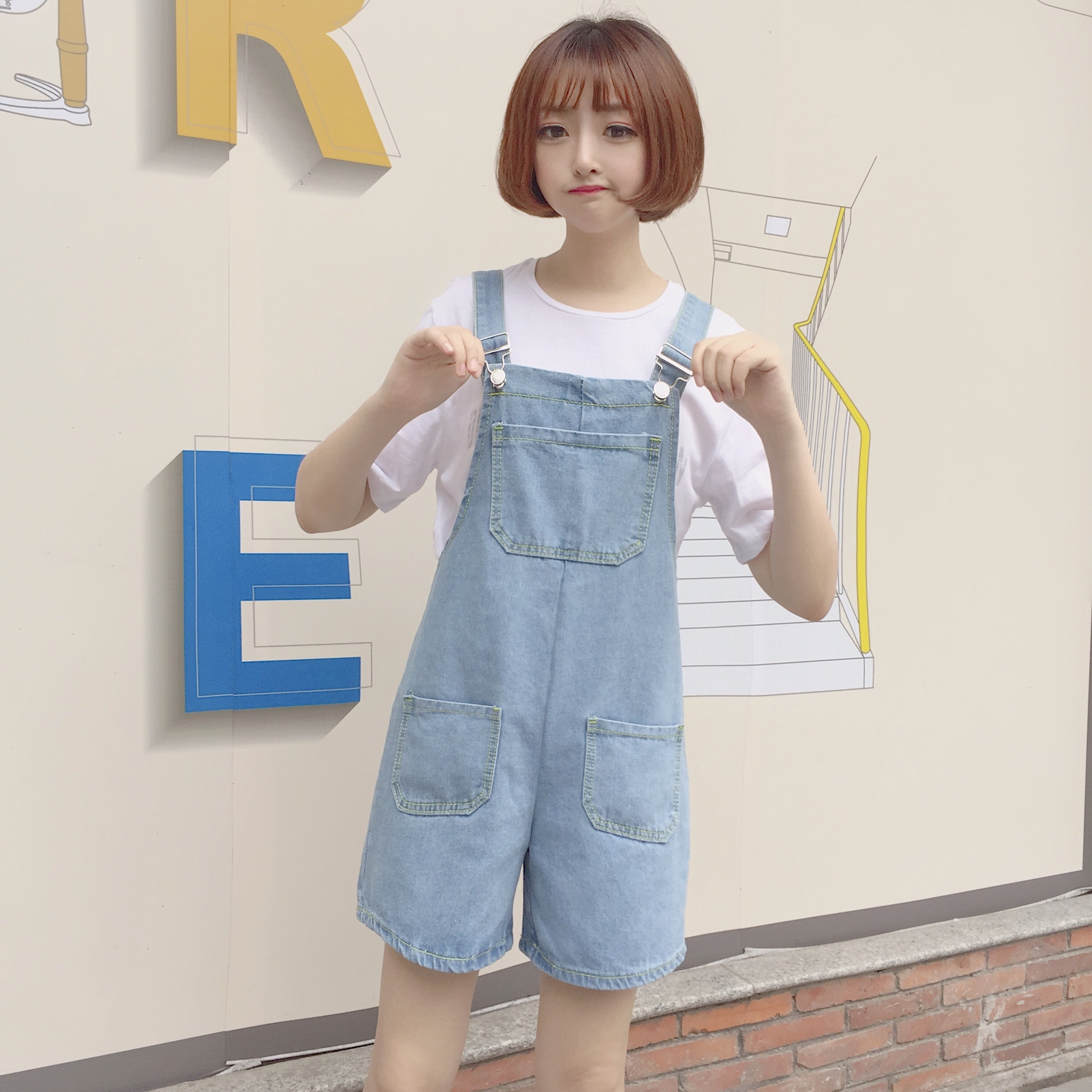 BARGAIN HUNTERS Store 2017 Denim Overalls Women Playsuit New Womens Brief Loose Females Casual Romper Female Summer Chic Korean Preppy Style Playsuits