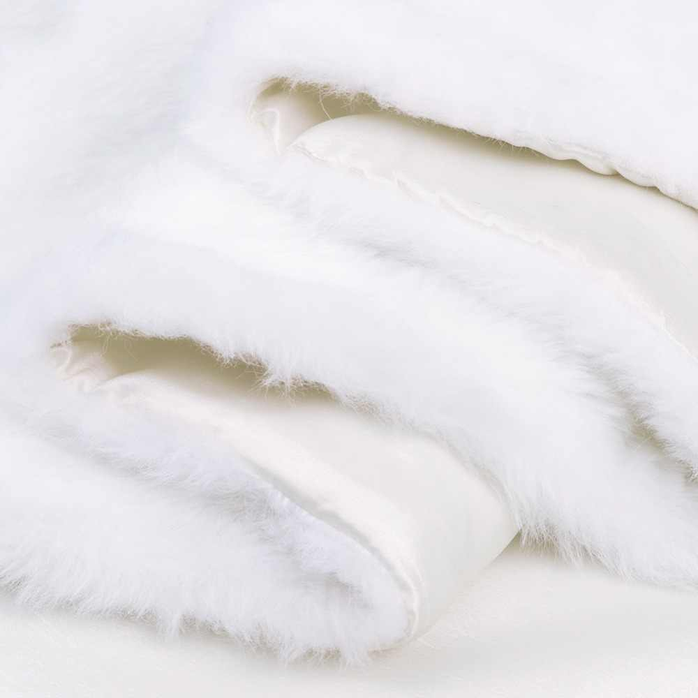 Ourwarm White Christmas Table Runner Sofa Plush Luxury Faux Fur Decoration For Home