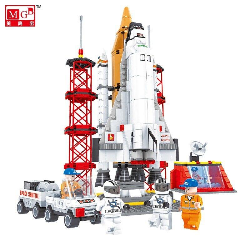 Astronaut City Spaceport Space Shuttle Blocks 560pcs 31.5CM Bricks Building Block Sets Educational Toys For Children toys in space