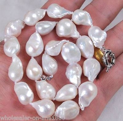 Fast SHIPPINGLarge 12x16mm Natural White Unusual Baroque Freshwater Pearl Necklace 18
