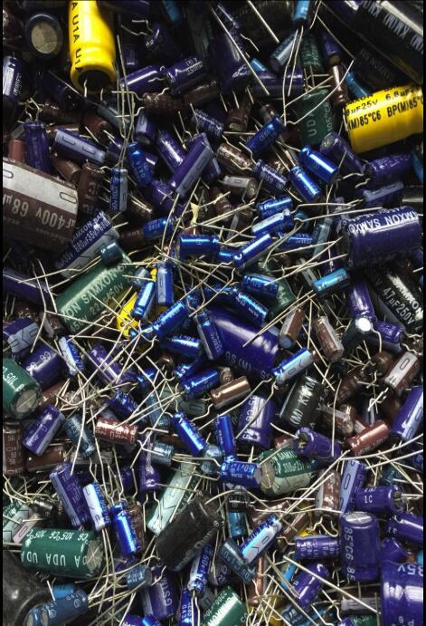 500 gramas um pacote capacitor eletrolítico capacitor pacote componente eletrônico misturado lido antes de fotografar