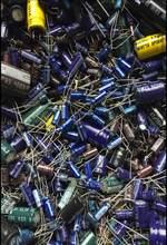 500 gramas um pacote capacitor eletrolítico capacitor misturado pacote de componente eletrônico antes de tiro