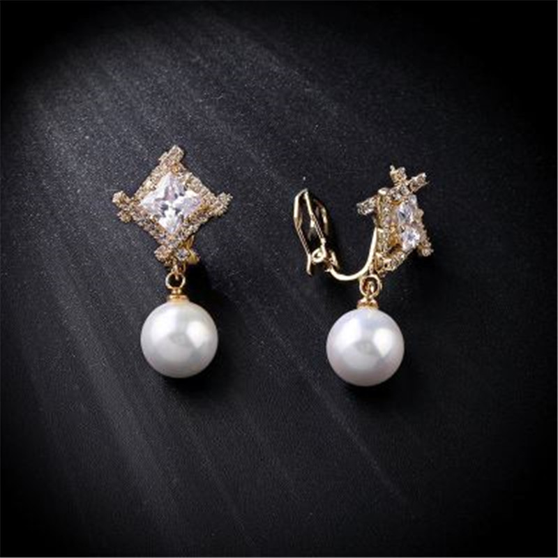 2018 New Fashion Pearl Rhinestone Clip Earrings Without Piercing No Hole For Women Gold Silver Ear Clip Jewelry Valentine Gift pair of chic rhinestone hollow out cube shape valentine s day gift earrings for women