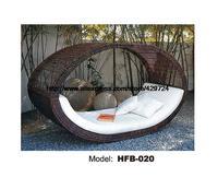 รังนกออกแบบสร้างสรรค์เตียงโซฟาหวายที่เดินทางมาพักผ่อนนอน
