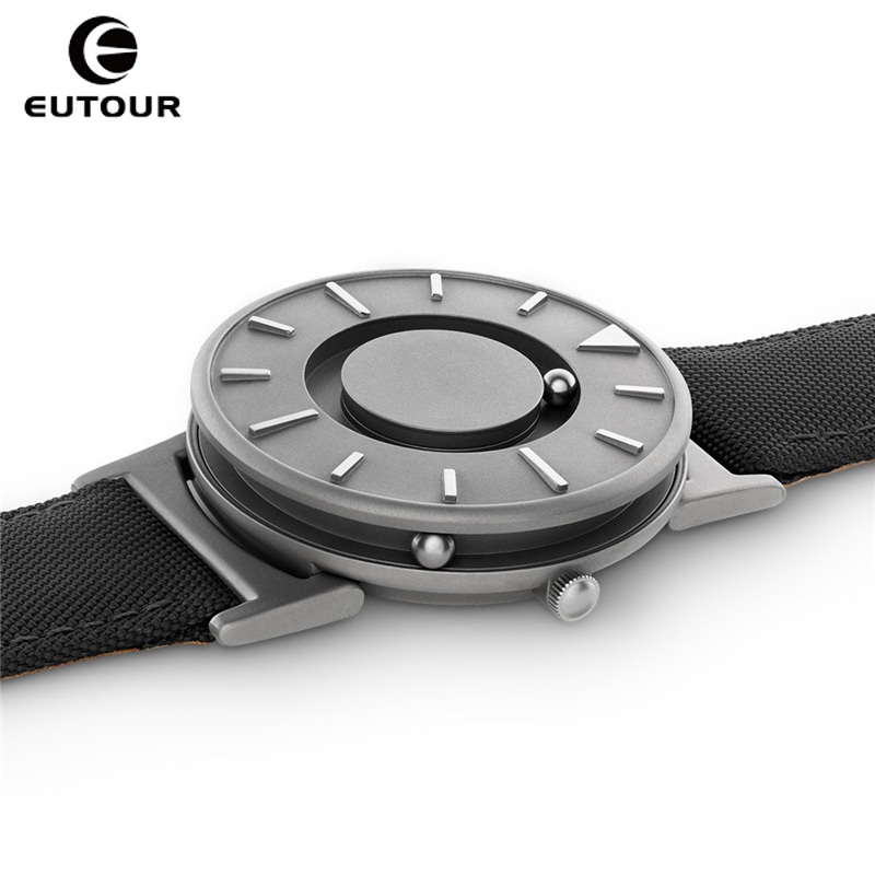 2017 New Style Black Mens Watches Magnetic Ball Fashion Watch Nylon Simple Mimimalist Quartz Watches Creative men Wristwatches 4pcs new for ball uff bes m18mg noc80b s04g
