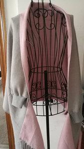 Image 5 - Vrouwen Warm Kunstmatige Kasjmier Kwastje Poncho Met Batwing Mouwen Effen Gebreide Oversize Sjaal Vesten