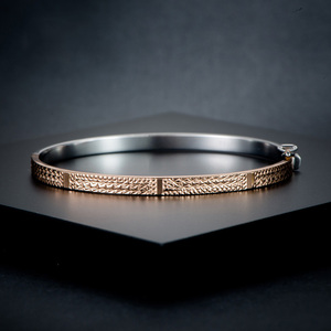 Image 2 - 18K Pure Gold Bracelet Real AU 750 Solid Gold Bangle Good Beautiful Upscale Trendy Classic Party Fine Jewelry Hot Sell New 2020