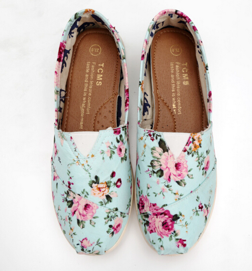 Summer Floral women's Flat Shoes New Fashion Small Flower Print Casual Shoes Woman Canvas Shoes Flats Fashion
