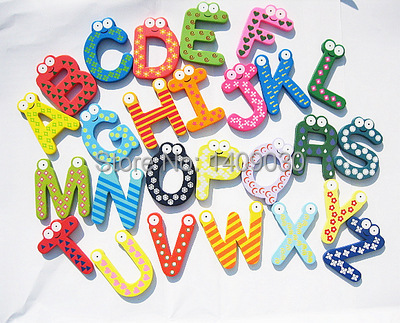 Бесплатная доставка унисекс детские развивающие игрушки деревянные буквы алфавита кухня decoracao обучения магнит на холодильник 26 шт. украшен...