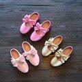 2016 nuevos niños del otoño shoes princesa arco niños y niñas explosión superficie impermeable de cuero suave antideslizante inferior modelos