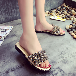 2019 Summer Shoes Woman Flat Sandals Fashion Rivet Crystal  Female Slides Ladies Comfortable Shoes size 35--40 Zapatos Mujer 2
