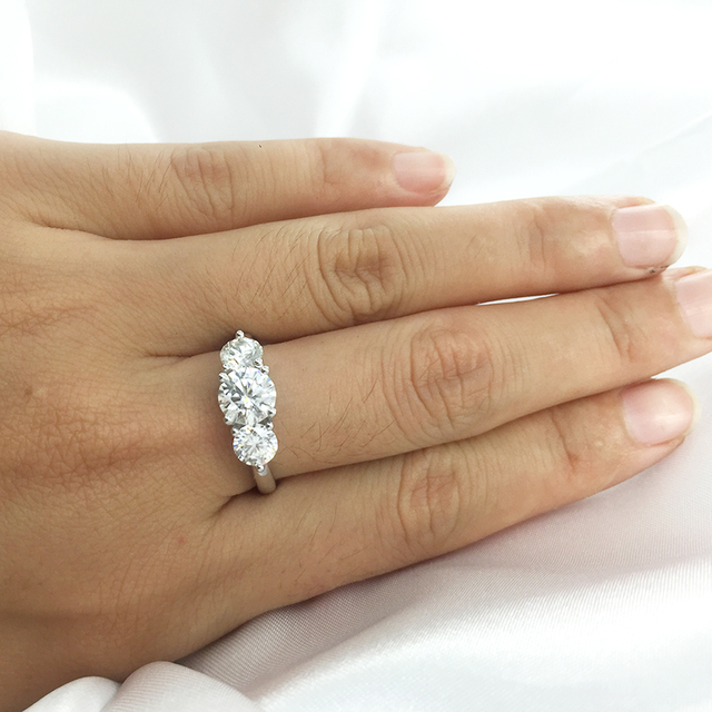 AEAW 2ctw 6.5mm Round Cut Engagement&Wedding Moissanite Diamond Ring Double Halo Ring Platinum Plated Silver 8
