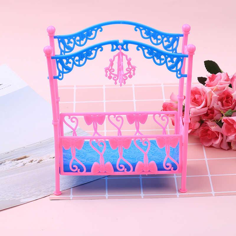 1 Juego de cama de escritorio de plástico rosa a la moda, muebles de dormitorio para muñecas, casa de muñecas, niña, regalo de cumpleaños, accesorios para muñecas