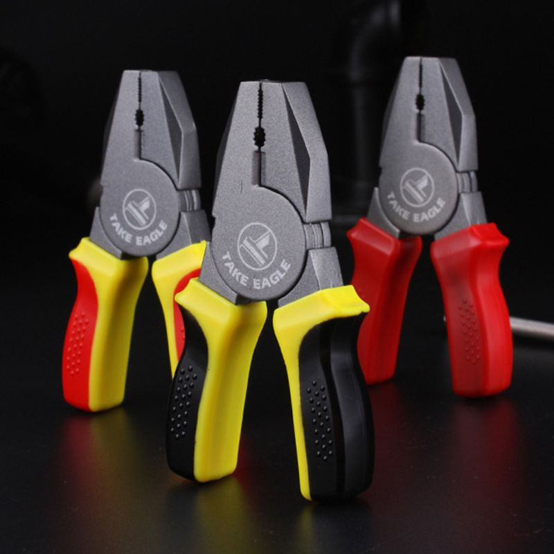 1Pc Creative Portable Mini Pliers Shape Cartoon Cigarette Lighter Refillable Butane Ornaments Gift Random Color Without Oil Gas