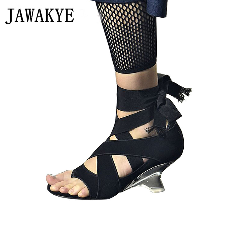 2019 Runway Crystal Clear Hoof Hoge Hakken Sandalen Vrouwen Kruis gebonden Enkelband Sandalen Bruiloft Schoenen Sandalia Feminina-in Hoge Hakken van Schoenen op  Groep 1
