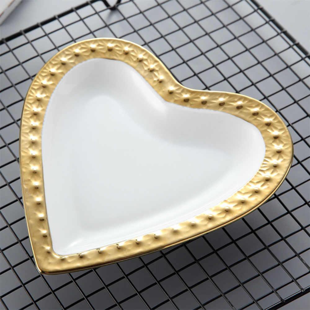 Sweet Heart Keramik Piring Mangkuk Chic Handmade Golden Rim Perhiasan Penyimpanan Tray Nordic Meja Sup Kue Buah Piring