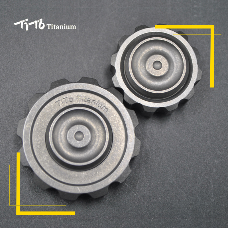 TiTo EDC Titanium spinner large gear and small gear gyroscope Adult Anti Stress metal hand toy Titanium / Zr spinner