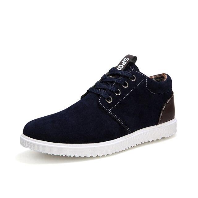 Planos ocasionales de los hombres zapatos de los hombres masculinos atan para arriba del dedo del pie redondo otoño zapatos de estilo de inglaterra de invierno cálido felpa de algodón borad tamaño de los zapatos 39-44