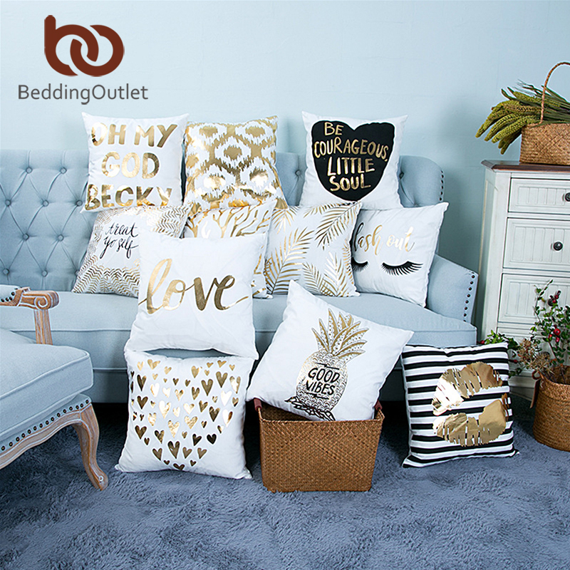 BeddingOutlet Bronzing Christmas Cushion Cover Gold Printed Pillow Cover Decorative Pillow Case Sofa Seat Car Pillowcase Soft santa claus holiday printed pillow case