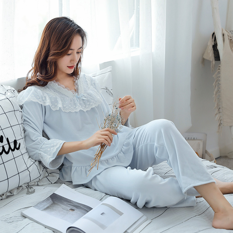 Autumn and winter new style double flannel ladies   pajamas     set   Lace Princess court long sleeve Plush Womens Pyjamas home clothes