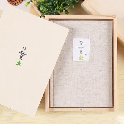 Color page wooden boxed diary creative beautiful cloth notebook diary hand account a5 my beauty diary 10 page 2