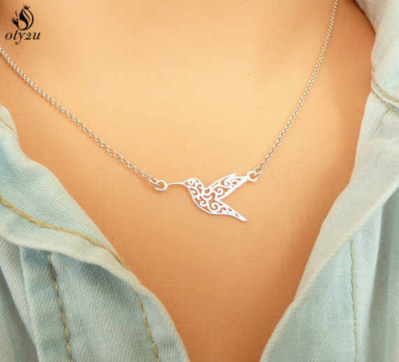 Oly2u  Geometric Origami Hummingbird Necklace Flying Bird Clavicle Chain Statement Choker Necklace Pendant Jewelry Gifts