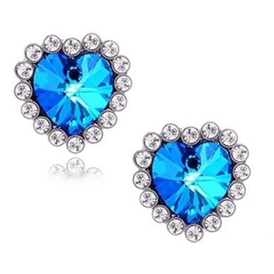 Europe And The United States Punk 2020 New Fashion Earrings Crystal Peach Heart Earrings Manufacturers Wholesale