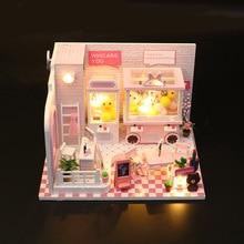 купить DIY Doll House Miniature Dollhouse With Furniture Kit Wooden House Miniaturas Doll Machine Toys For Children по цене 918.01 рублей