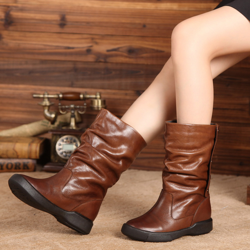 Flat Mid-Calf Women Boots Button Retro Design Lady Footwear Shoes 2018 Fresh Natural Leather Female Soft Pleated Boots chic mid waist button design ripped denim shorts for women