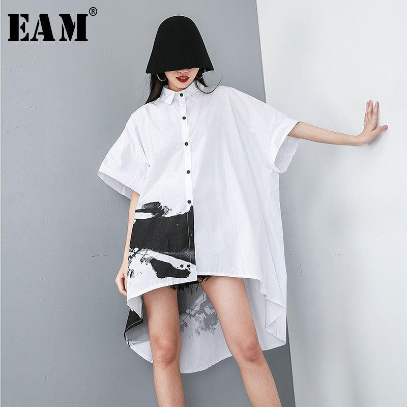[EAM] 2020 New Spring Summer Lapel Half Sleeve White Pattern Printed Back Long Loose Big Size Shirt Women Blouse Fashion JT484