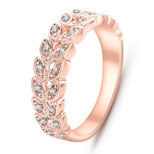 High Quality Rose Golden Color Classical Crystal Wedding Ring for Women Fashion Rhinestone Finger Ring Elegant Gift Wholesale alloy plating gold rhinestone finger ring golden