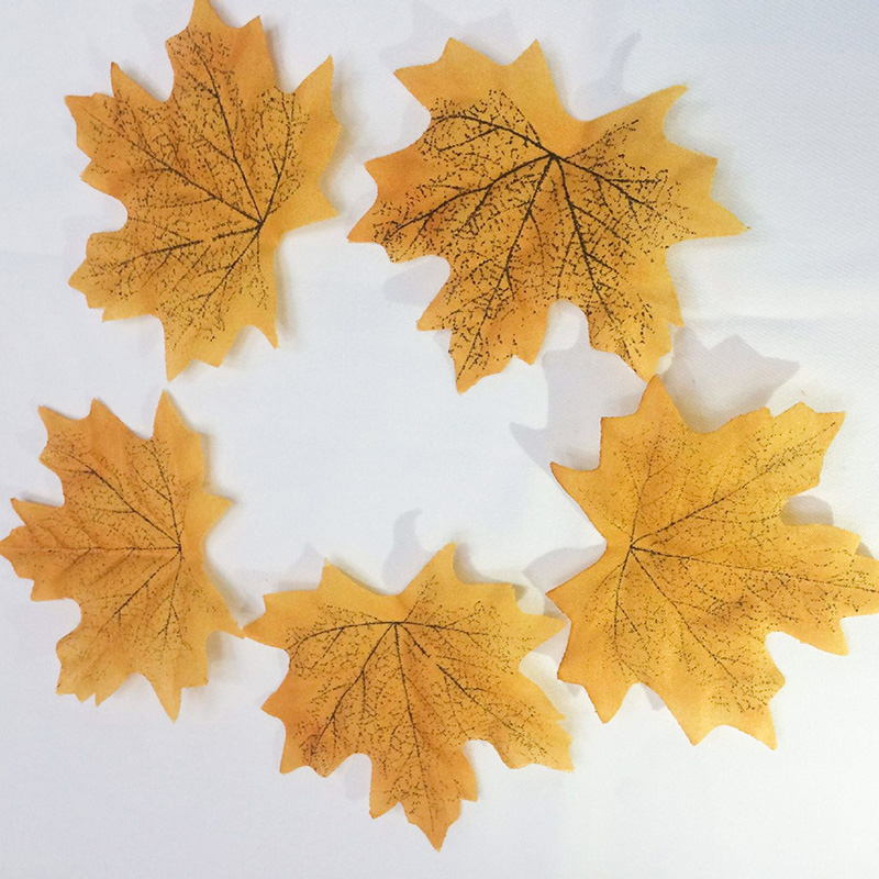 Funny Creative Brand Photo Shoot Props Simulation Maple Leaf Decoration Simulation Maple Leaf Semi-manual Home Essential Gadget