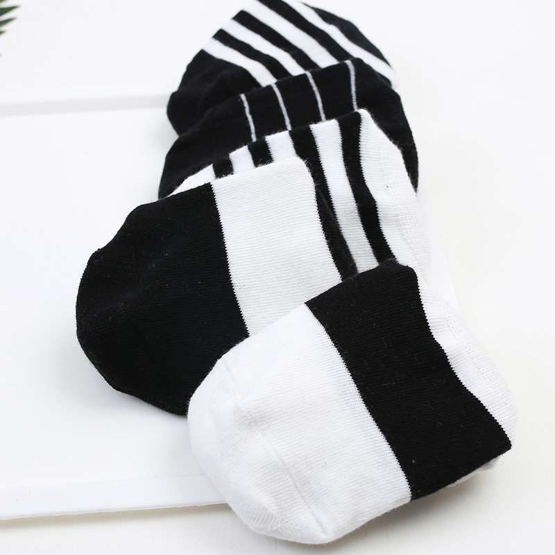 2018 New Pattern Popsocket Fashion Man Socks Cotton Male Socks Black And White Sock Casual Invisible Socks Men Meias Calcetines