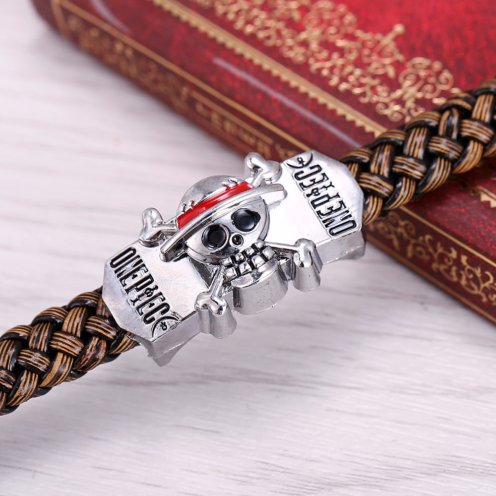 Anime One Piece – Pirate Fleet Leather Bracelet