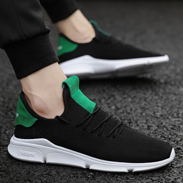 Male Breathable Sports Shoes Mesh Upper Flat Heel Lace-up Closure All-match For Autumn and Winter Fashion Trend