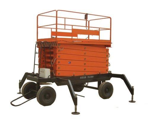 four wheel towable lift