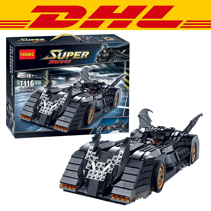 2016 New Decool 7116 1045Pcs Superhero Batman The Ultimate Batmobile Model Building Kit Blocks Brick Compatible Gift