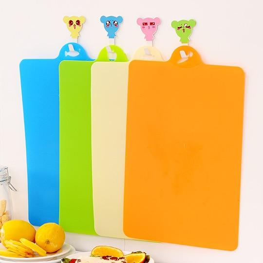 Flexibilní plastové prkénko na krájecí prkno, barevné - Kuchyně, jídelna a bar