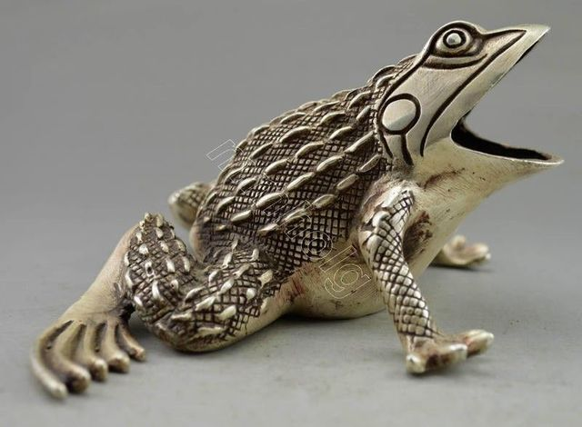 Collectible Decorated Old Handwork Tibet Silver Carved Frog Statue 17.7cm  Garden Decoration 100% Real