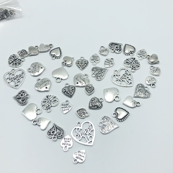 30pcs Mixed batch Alloy Tibetan silver heart jewelry charm pendant classic DIY fashion jewelry findings 30pcs mixed tibetan silver tone crown key animal charm pendants for bracelet necklace jewelry accessories diy jewelry making
