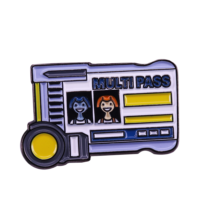 The Fifth Element brooch Leeloodallas multipass pin adorable nerdy bus badge sci-fi adventure movie fans gift image