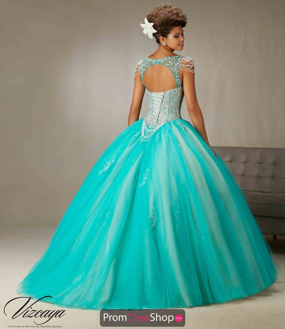 Vestidos De Quinceaneras Turquoise V Neck Quinceanera Dresses Sweet 16 Ball  Gown Open Back Tulle Cap Sleeve Prom Dress Plus Size-in Quinceanera Dresses  from ... c34c16e6a66f