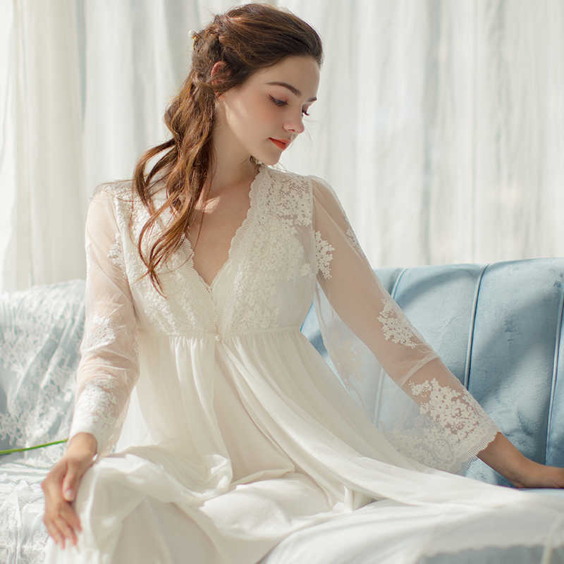 Summer Women's 2-Pics Robe Sets V-neck Long Sleeve Royal Roupas De Dormir Femininas White Embroidered Lace Sexy Sleepwear 17269