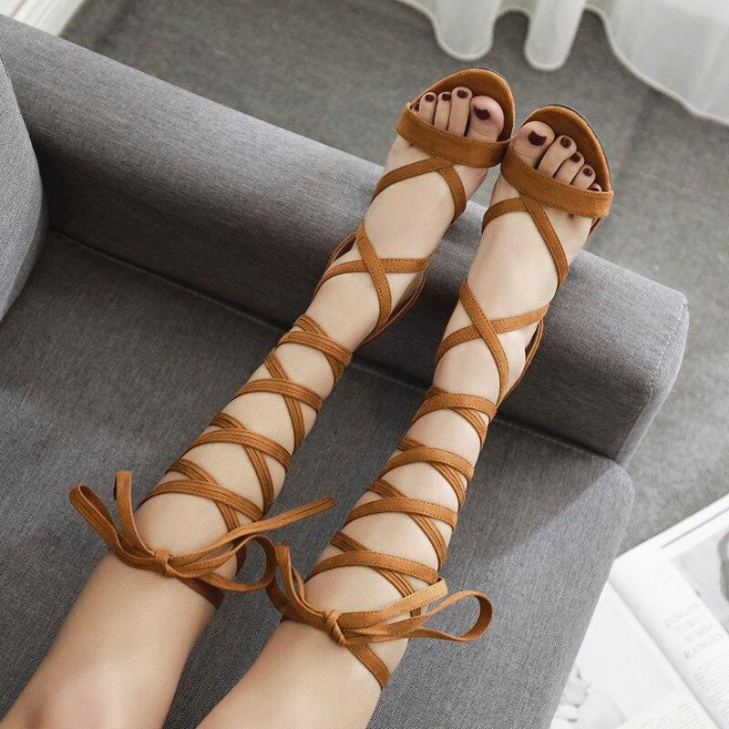 d13f546206707 2018 Sexy Moitié Genou Bretelles Gladiateur Femmes Sandales Épais Haute  Talons cravate UP Talons Femme Flcok Lacent Genou Haute Bottes D. chaussures  homme ...
