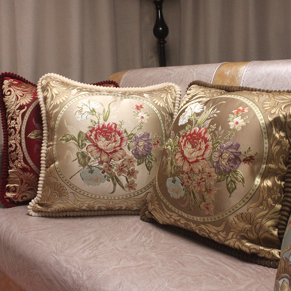 European Style Jacquard Elegant Floral Decorative Cushion