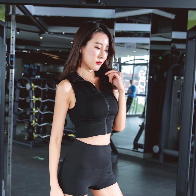 Short Style Zipper Yoga Crop Top Running T Shirt