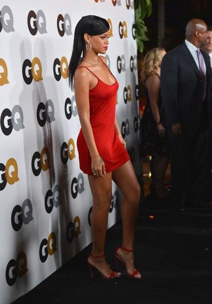 8f5a4ac3b67 Rihanna Dress Red Carpet Dresses A-Line Scoop Spaghetti Straps Sleeveless  Short Mini Satin Celebrity Dresses 2015