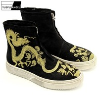 Дизайнер повседневное золотой дракон вышивка ботильоны для мужчин Улица молния круглый носок из коровьей замши высокие сапоги на платф