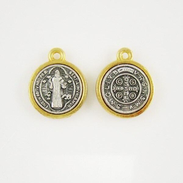 5aa585d4776 100 unids de oro y plata medalla de San Benito San Benedicto medalla  colgante en Colgantes de Joyería y accesorios en AliExpress.com